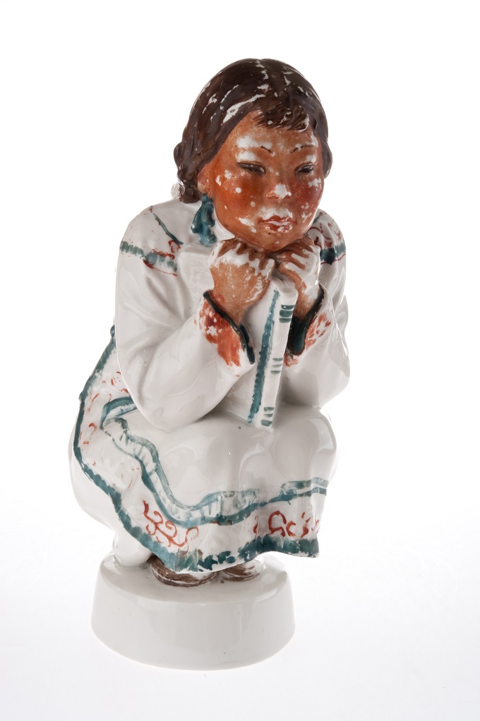 Sculpture Udege Girl. Lomonosov Leningrad Porcelain Factory. Leningrad. Molder: Pavel Shmakov (1866—?). Polychrome paintwork on porcelain (unfired). Height: 25 cm. No marks. Hand carved initials of the molder: ПШ.